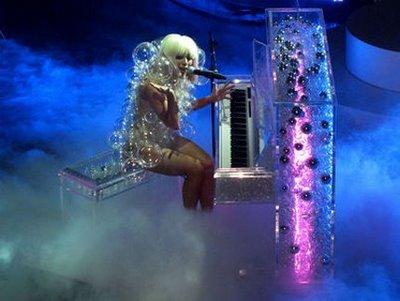 Gaga1(1)