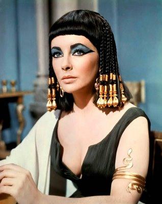 Taylor, Elizabeth (Cleopatra)_02