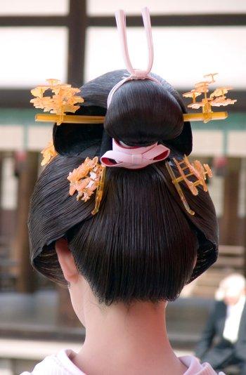 Geisha_hairstyle