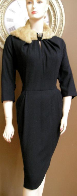 Dsp_coat_and_deco_mink_collar_dress_013