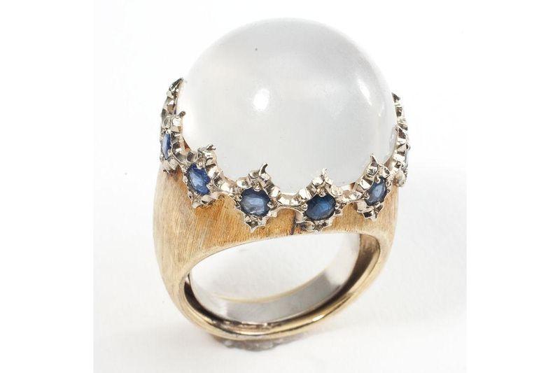 2-11607-115641--vintage-18k-gold-buccellati-moonstone-sapphire-designer-cocktail-ring-estate-jewelry--